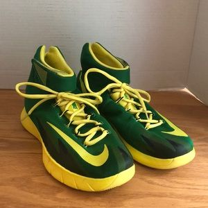 Nike Zoom HyperRev Basketball Shoes Size 8.5